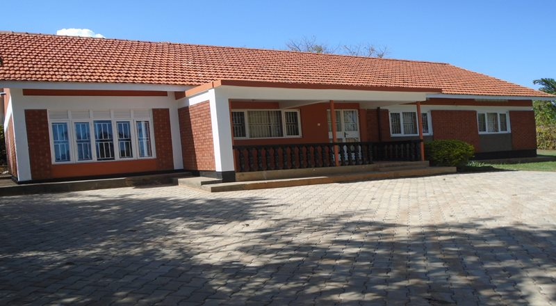 JINJA MASESE HOUSE FOR RENT