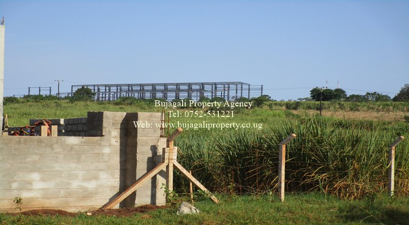 INDUSTRIAL LAND FOR SALE IN BUIKWE NJERU