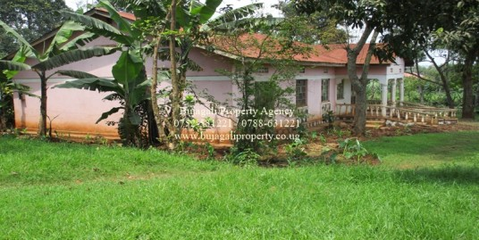 THREE BEDROOM HOUSE FOR SALE IN NJERU MUNICIPALITY