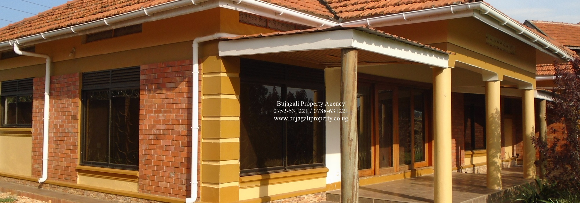 FOUR BEDROOM RESIDENTIAL HOUSE TO LET IN JINJA