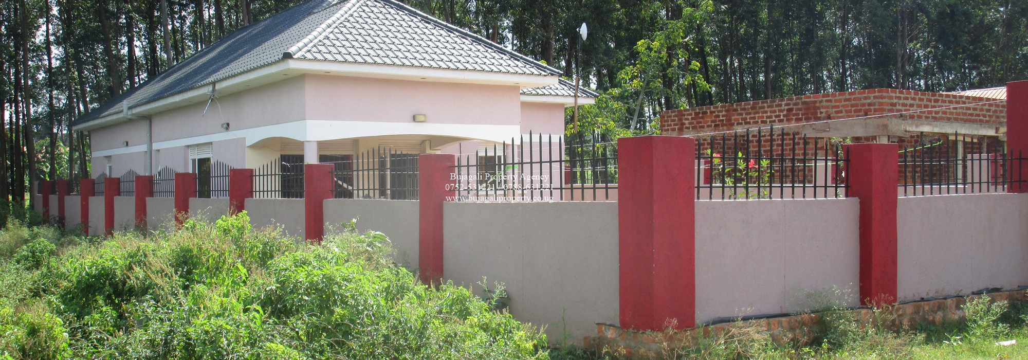 NEWLY BUILT HOUSE FOR SALE AT WALUKUBA JINJA