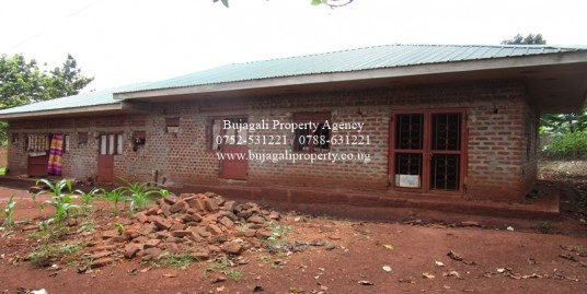 SEMI COMPLETE GUEST HOUSE FOR SALE IN NJERU MUNICIPALITY