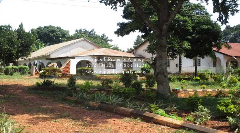 RECREATIONAL FACILITY TO LEASE AT WANYANGE JINJA DISTRICT