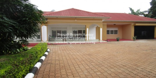 THREE BEDROOM BUNGALOW WITH GUEST QUARTERS JINJA CITY